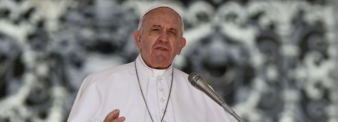 Le Pape publie un décret pour lutter contre les abus sexuels