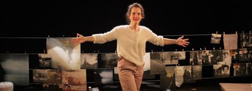 Kelly Rivière, une fille à part à découvrir au Théâtre de Belleville
