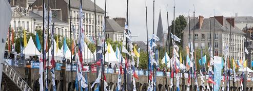 Nantes donne le départ de la 50e Solitaire Urgo Le Figaro