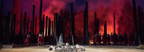 Les Troyennes, la mise en scène grandiose de Muriel Mayette-Holtz à Syracuse