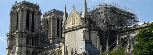 Première messe à Notre-Dame après l'incendie: un vrai symbole