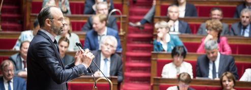 Édouard Philippe se penche sur les dossiers de la PMA, des migrants et de la sécurité