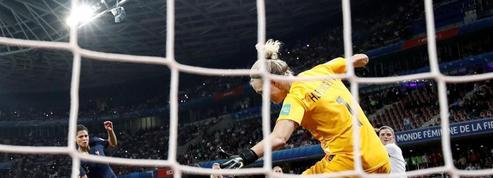 Mondial de foot: plus de 10 millions de téléspectateurs devant le match France-Norvège