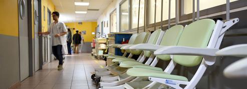 Angers: un patient décède après avoir attendu aux urgences