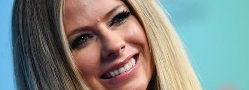 Avril Lavigne repart en tournée après cinq ans de lutte contre la maladie de Lyme