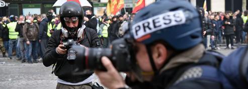 L'exécutif face à la tentation du contrôle des médias