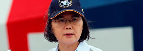 La victoire de la rue à Hongkong redonne espoir à la présidente de Taïwan
