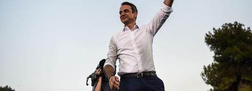 La métamorphose de Kyriakos Mitsotakis, nouveau premier ministre grec
