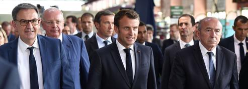 Municipales à Lyon: Macron invite Collomb et Kimelfeld à «agir ensemble»