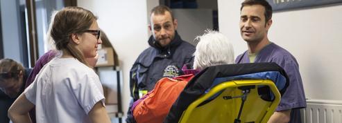 Aux urgences, la nécessité de concevoir un parcours de soins plus adapté aux personnes âgées