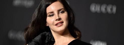 Lana Del Rey compose une chanson, Looking for America, pour condamner les fusillades