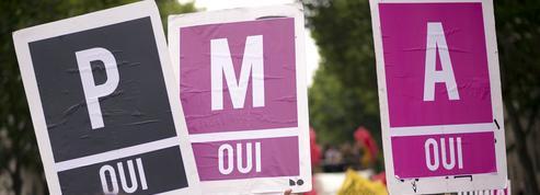 PMA pour les couples de femmes: «mère et mère» inscrits sur l'acte de naissance