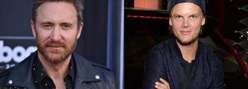 David Guetta rend un hommage vibrant à Avicii avec un remix
