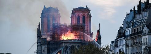 Plomb: Paris rassure, les parents d'élèves restent inquiets