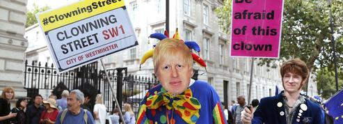 Au Royaume-Uni, la colère monte contre le «coup» de BoJo