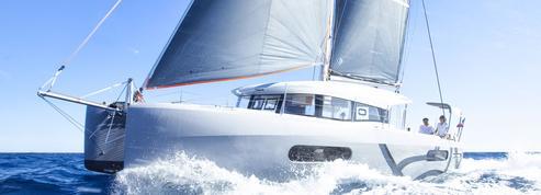 Beneteau maintient le cap sur les catamarans