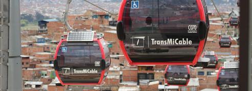 Le téléphérique, transport public low-cost dont raffolent les villes