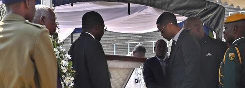 Au Zimbabwe, l'étrange culte de l'ex-dictateur, Robert Mugabe