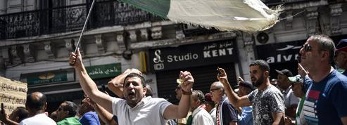 Paralysée depuis des mois, l'Algérie veut s'ouvrir aux capitaux étrangers