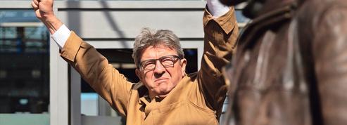 À son procès, Mélenchon revendique son insoumission
