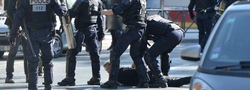 «Gilets jaunes»: les recettes de la police face aux casseurs