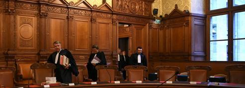 Une peine de prison avec sursis requise contre l'ex-ministre de la justice