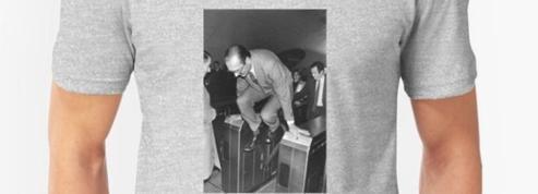 Les produits à l'effigie de Jacques Chirac s'arrachent déjà