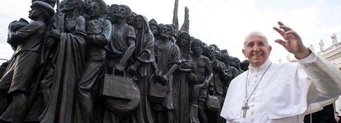 La sculpture Les Anges inconscients inaugurée au Vatican