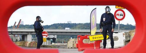 Incendie de Rouen: l'incertitude demeure sur la nature des produits brûlés