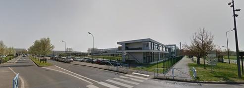 Val-d'Oise: un prof agressé par un lycéen pour avoir voulu lui confisquer son portable