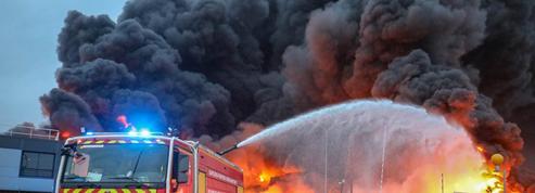 Incendie de Rouen: ouverture d'une enquête sur des arnaques aux prélèvements