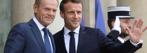 Sommet de l'UE: Emmanuel Macron consulte à tout-va