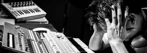 Dépression, addictions...Une enquête révèle l'inquiétant état de santé des artistes