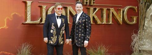 Le Roi Lion: Elton John déplore un film «qui manque de joie et de magie»