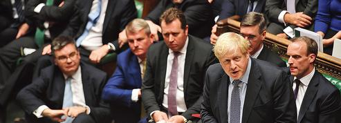 Boris Johnson face aux «naufrageurs du Brexit»