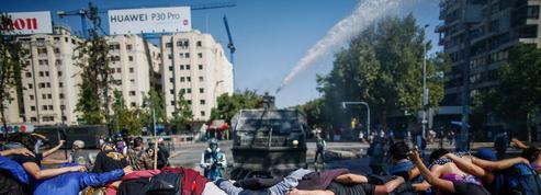 Chili: à l'origine de la crise, des tickets de métro et de profondes inégalités