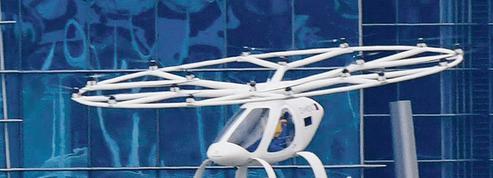 Le taxi électrique Volocopter a déployé ses dix-huit hélices à Singapour