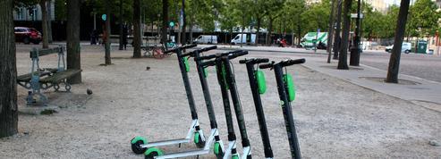 Trottinettes électriques: Lime va faire payer la fourrière aux usagers mal stationnés