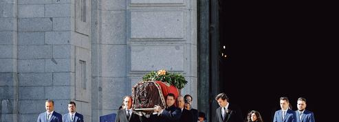 L'Espagne déménage la sépulture du général Franco