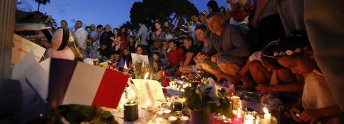 Attentats, accidentscollectifs... Comment l'État veut accompagner les proches des victimes