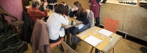 Restaurateurs sanctionnés pour avoir déjeuné dans leur établissement: le gouvernement dit «stop»