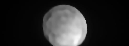 L'astéroïde Hygie, nouvelle planète naine du Système solaire?