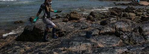 Au Brésil, colère et interrogations autour d'une mystérieuse marée noire