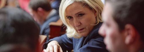 Marine Le Pen tance son parti en vue de la prochaine présidentielle
