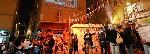 Marseille: un an après les effondrements, la peur rôde toujours dans le quartier Noailles