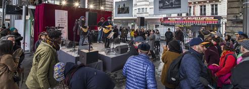 Paris: concert surprise de Ben l'Oncle Soul organisé par la RATP