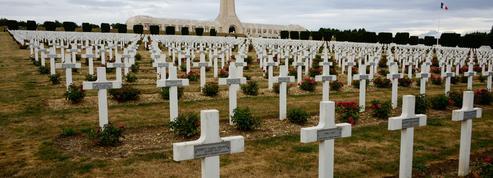 «Les dépouilles de soldats morts pour la France ne doivent pas rejoindre des fosses communes!»