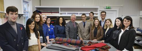 Le prince Charles se lance dans la mode avec Net-A-Porter
