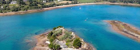Cette île privée bretonne attend son Robinson