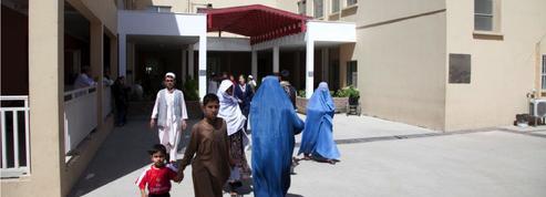 L'hôpital français de Kaboul, un havre de paix au cœur du chaos